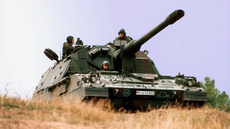 Немецкая самоходная гаубица PzH-2000 — одна из наиболее мощных на сегодняшний день